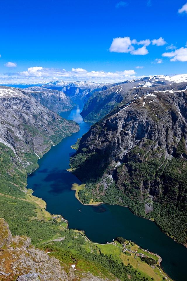 N¾r¿yfjorden, Sogn og Fjordane